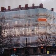 plandeka-na-rusztowanie-na-budynku